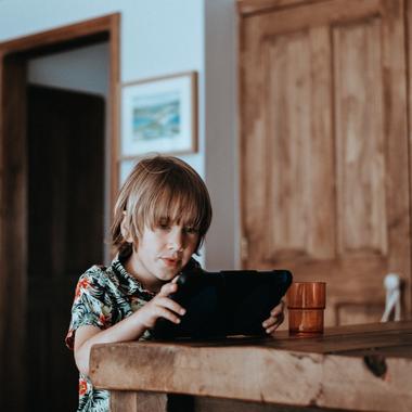 Детская онлайн платформа для обучения, медиа контента и развлечений